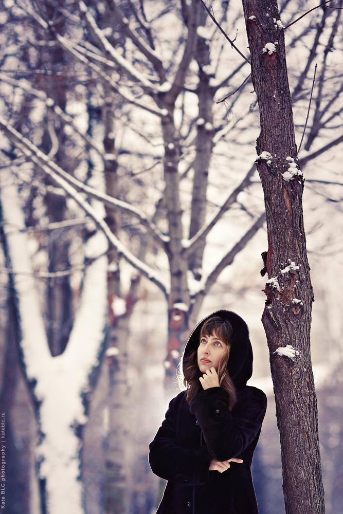 Зимняя фотосессия, фотосъемка зимой. Москва. Задумчивость. Душа в фотографии. Уникальные фотосессии, индивидуальный подход. Эмоции на память. Фотограф Катрин Белоцерковская. Kate BLC Photography. kateblc.