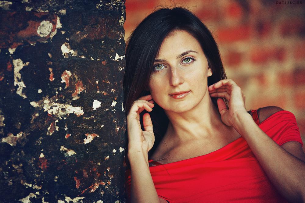 Индивидуальная съемка. Девушка. Портрет. Фотограф: © Катрин Бeлоцерковская, 2013. http://kateblc.ru