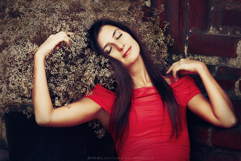 Сон. Девушка. Осень. Фотография с душой. Фотограф: © Катрин Бeлоцерковская, 2013. http://kateblc.ru