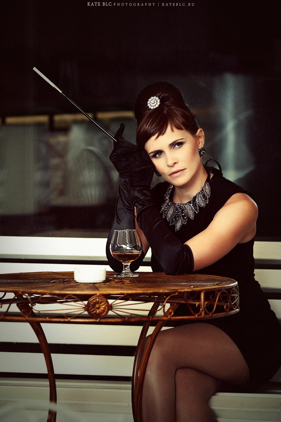 Портрет. Девушка в кафе. Фотограф Катрин Белоцерковская. Kate BLC