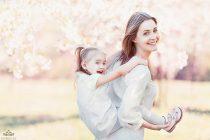 семейная фотосессия в цветущих садах коломенского
