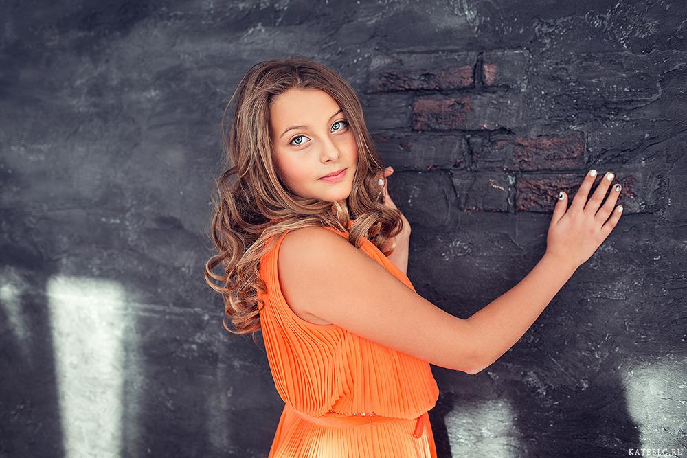 Фотосессия для девочки в студии. Профессиональная фотосессия в Москве. Фотограф Катрин Белоцерковская