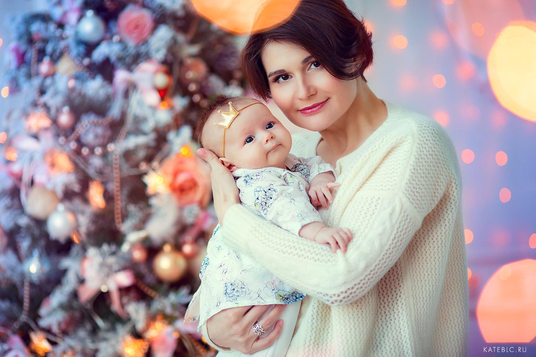 <em>Семейная фотосессия</em> с малышом до года