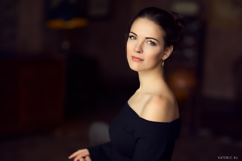 Женский портрет в студии. Профессиональный фотограф Катрин Белоцерковская