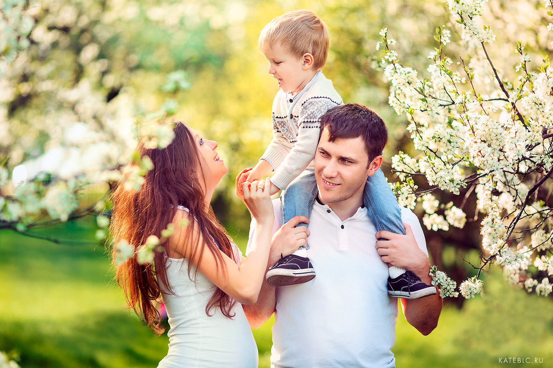 Семейное фото на природе фото 291-759