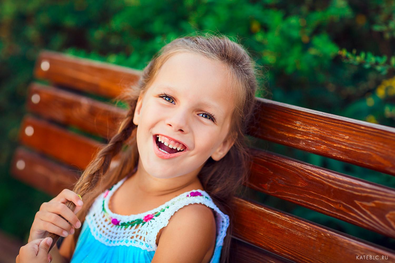 Детский фотограф Катрин Белоцерковская. Детские фотосессии в студии. Профессиональный фотограф для детей.