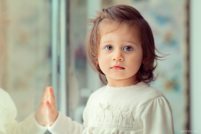 фотосъемка для девочки полтора года. Профессиональный детский фотограф в Москве.