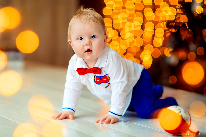 Новогодний портрет мальчика 10 месяцев