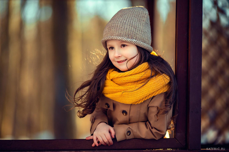Портрет девочки. Весенняя Детская фотосессия в Москве. Фотограф Катрин Белоецрковская