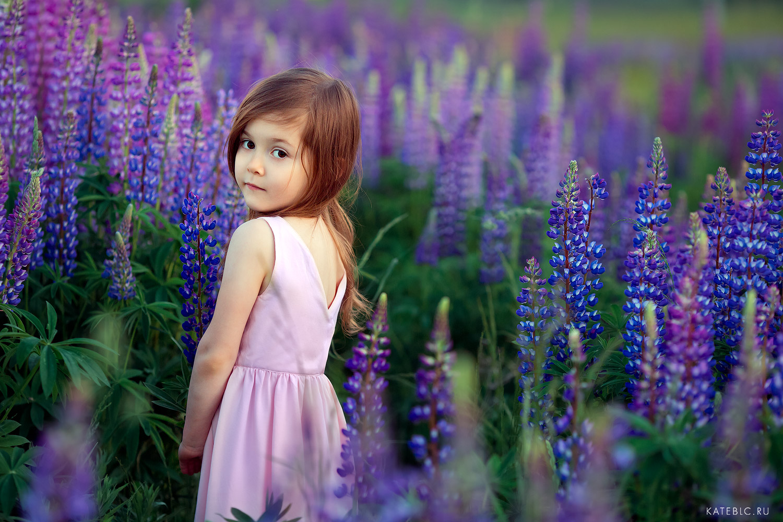 фотосессия для девочки в цветах