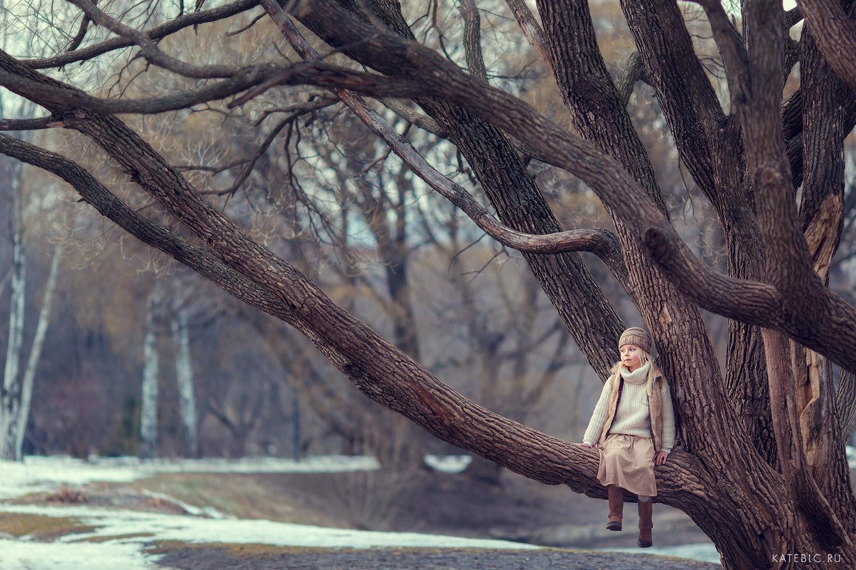 Весенняя фотосессия на природе. Детский фотограф Катрин Белоцерковская