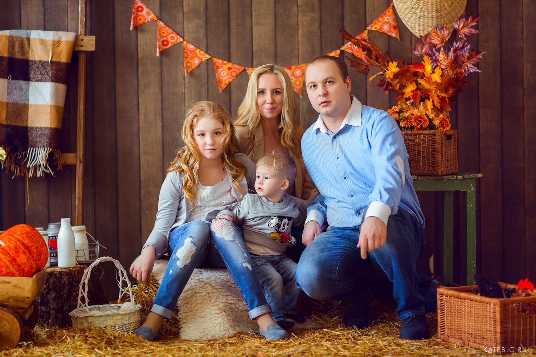 Семейная фотосессия в Москве. Детский и Семейный фотограф Катрин Белоцерковская