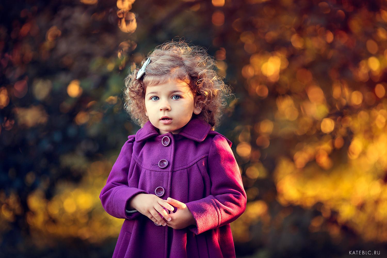 детская осенняя фотосессия для девочки