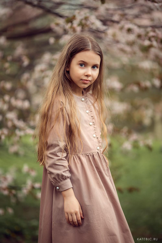 фотосъемка для детей в парке. Фотограф Катрин Белоцерковская