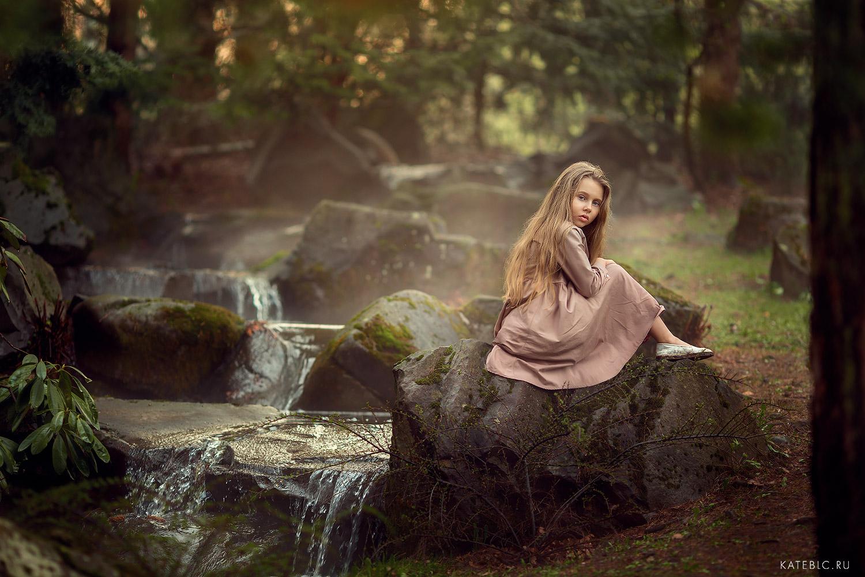 Фотосессия для девочки в парке. Фотограф в Москве и Европе