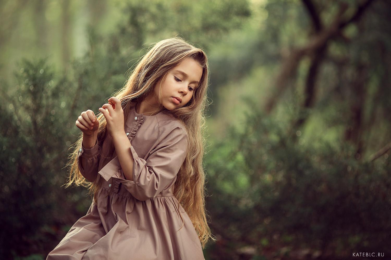 портретная фотосессия в парке для детей