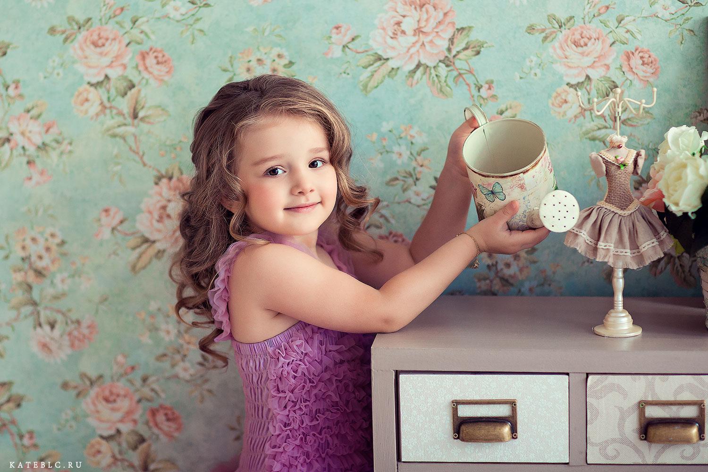 Фотосессия в студии для детей. Детский фотограф в Москве