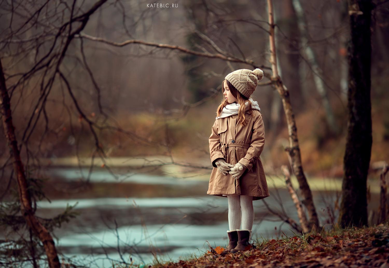 Осенняя фотосессия для девочки. Семейный фотограф москва