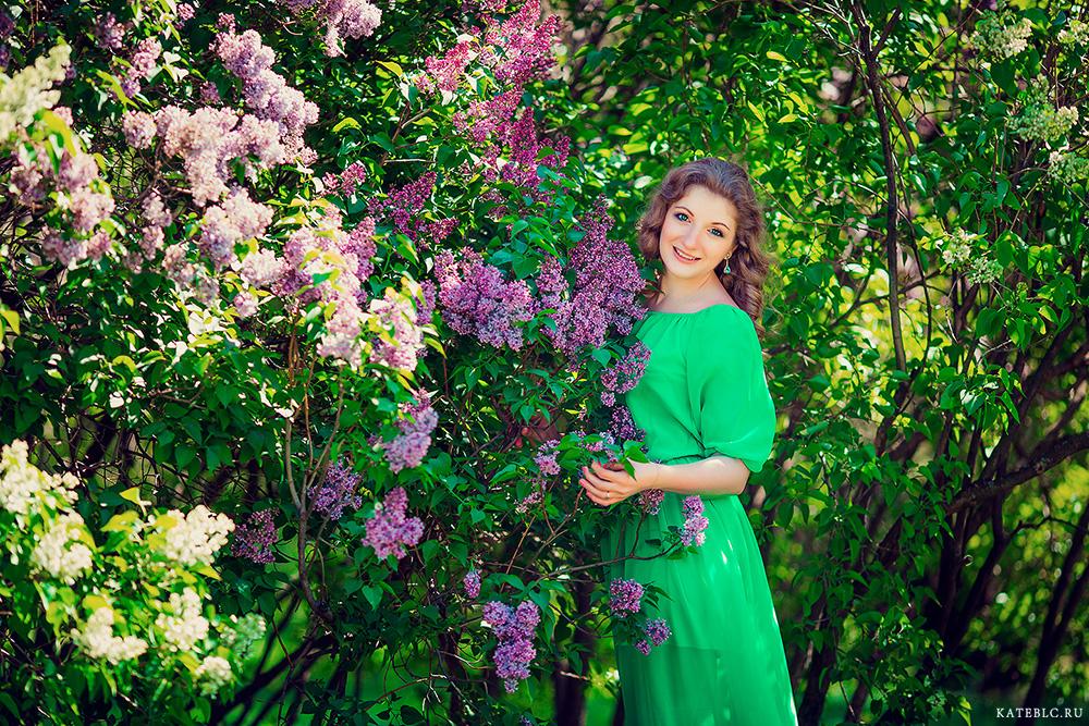 Цветущая сирень на фотографиях в парках Москвы