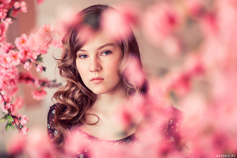портретная фотосъемка в студии для детей. Kate BLC Photography. Photographer for girls