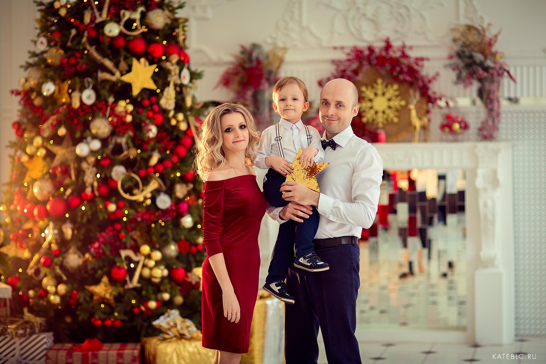 Семейная фотосессия для мамы с детьми. Домашняя фотосессия в Москве. Известный детский и семейный фотограф