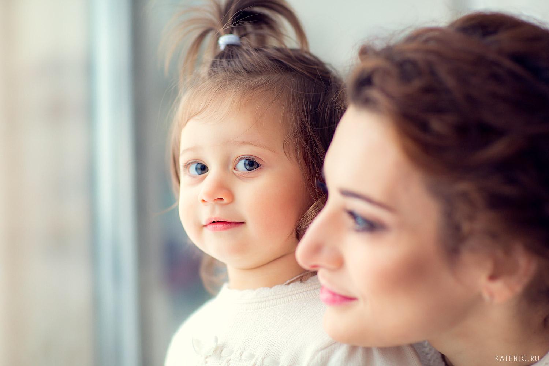 Домашняя фотосессия для ребенка. Детский фотограф Катрин Белоцерковская