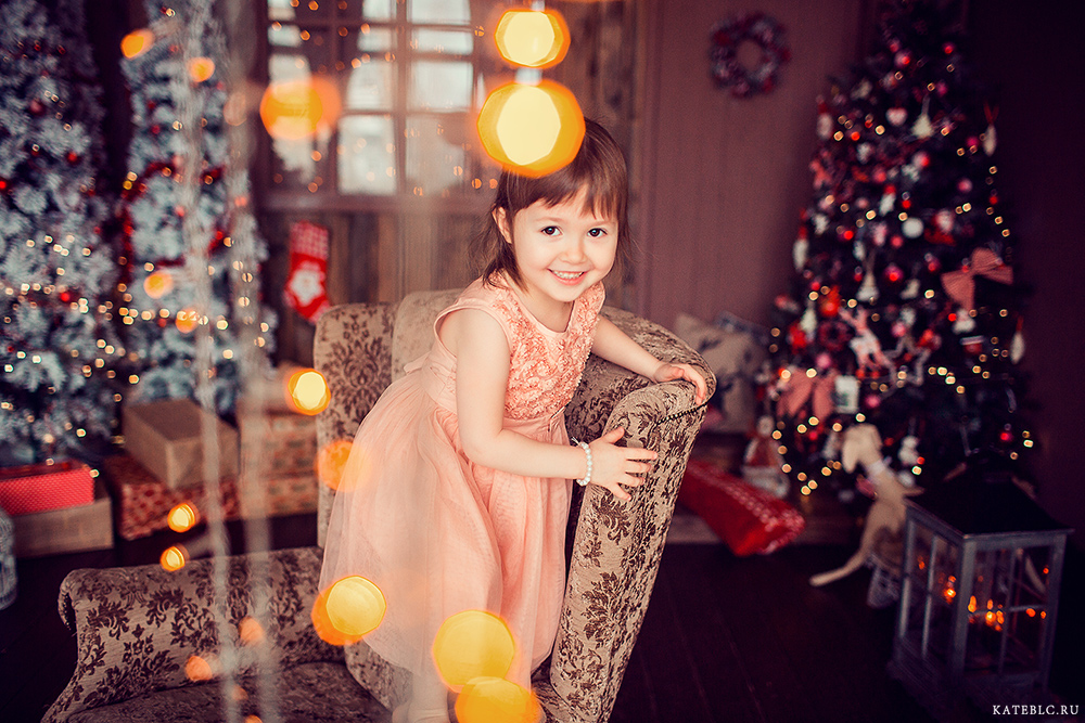 Семейная фотосессия на новый год в фотостудии. Детский фотограф Москва