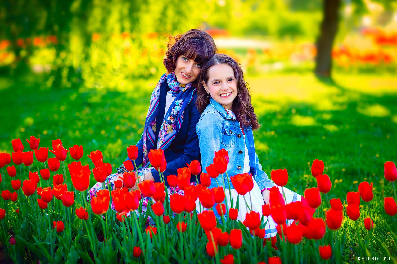 Фотосессия с цветами на природе
