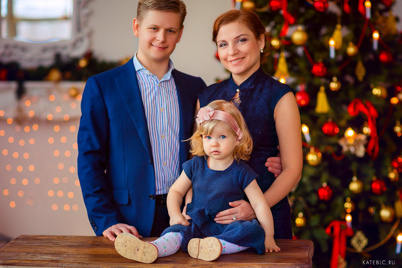 Семейный фотопортрет в студии. Семейный фотограф Катрин Белоцерковская kateblc.ru