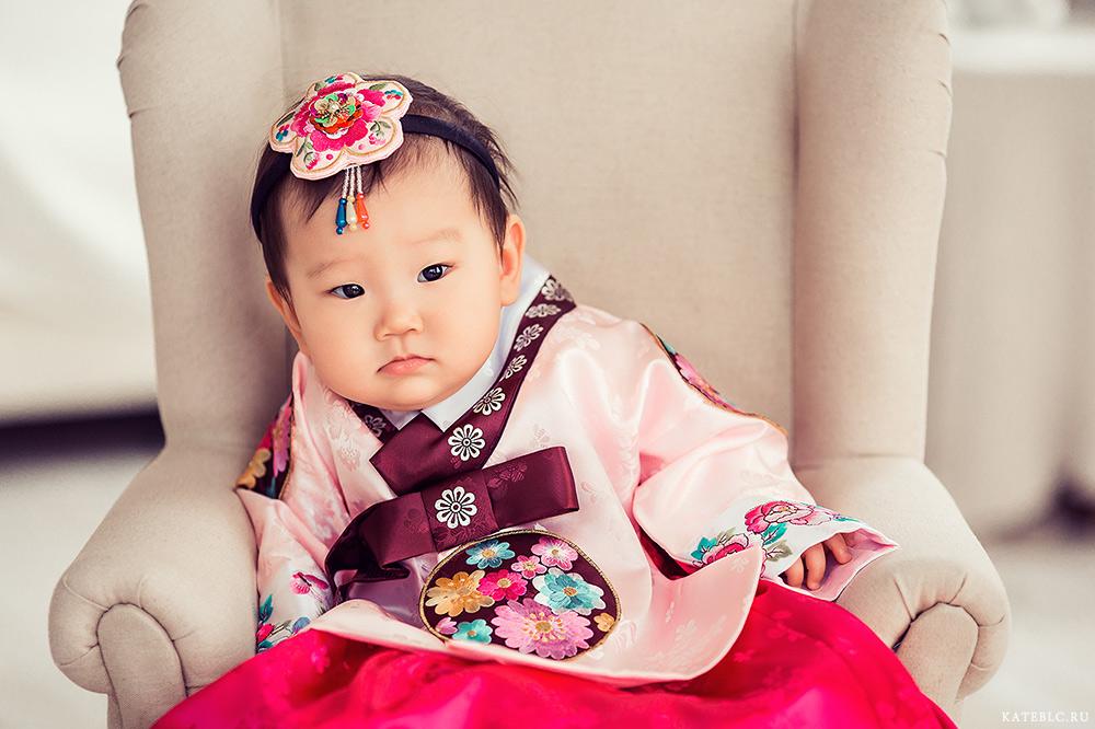 Портрет ребенка в фотостудии